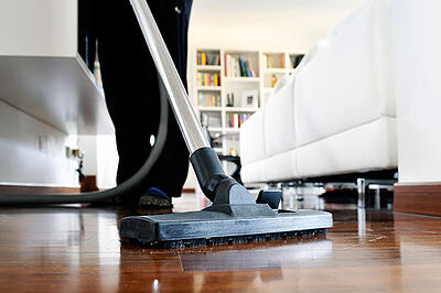 Vacuuming_with_COPD