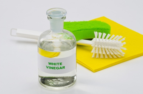 white vinegar for cleaner