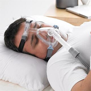 full-face-cpap-mask-reduce-dry-mouth.jpg