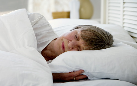 sleeping-position-impacts-COPD-symptoms.jpg
